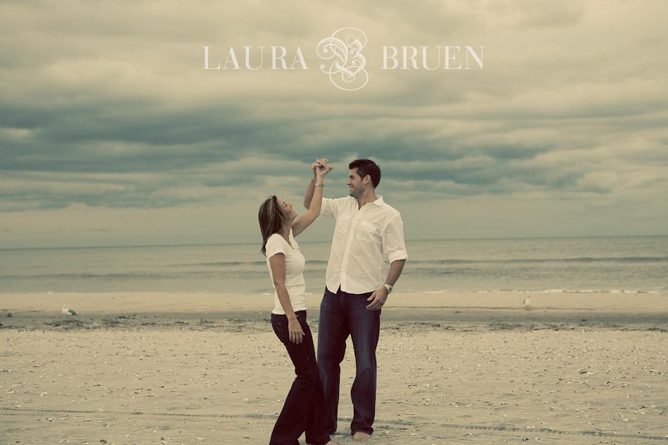 Avalon, NJ Engagement Portraits - Laura Bruen, NYC Photographer