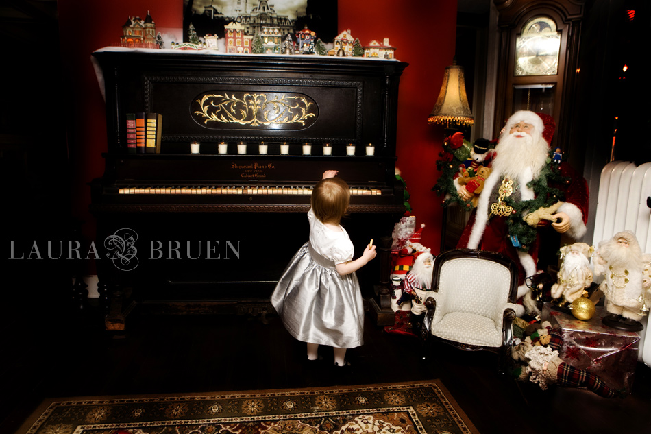 Laura Bruen, NJ & NYC Photographer - Holiday Portraits