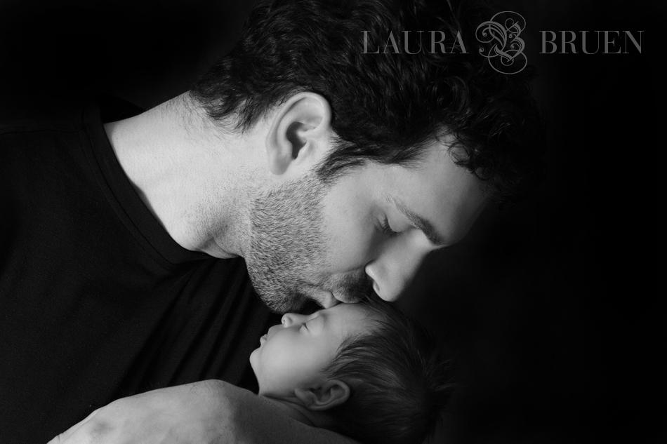 Laura Bruen, NYC & NJ Newborn Photographer