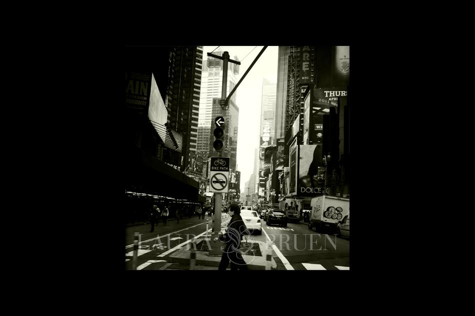 Times Square - Laura Bruen, Photographer April 2011