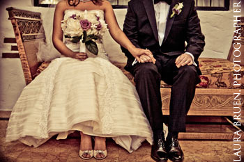 Laura Bruen, Photographer.  Rachel & Dan's Wedding at the Pleasantdale Chateau