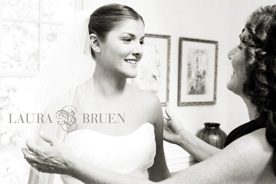 Laura Bruen, Hampton's Wedding Photographer, NYC